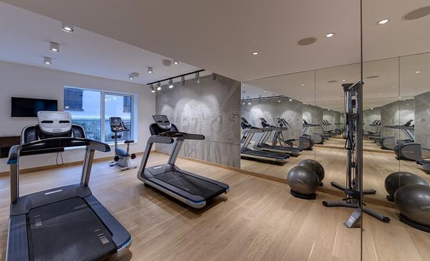 Gym mirror.jpg