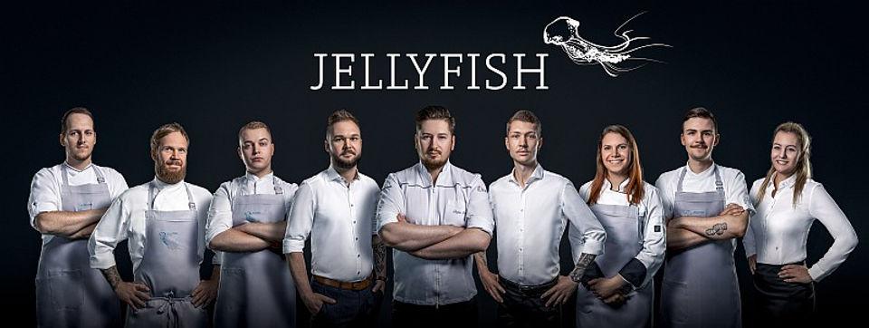 Jellyfish_Portrait_300dpi_001 800.jpg
