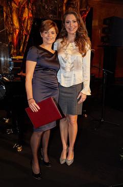 Judith Zacher und Mara Bergmann.jpg