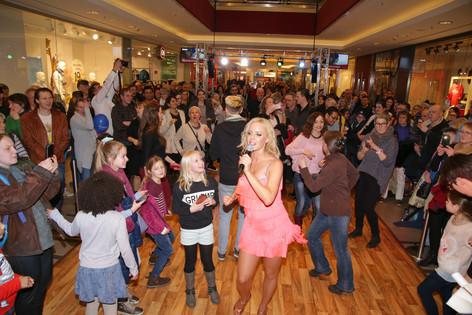Tanzbegeisterte in der Hamburger Meile m