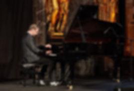Pianist Felix Reuter.jpg
