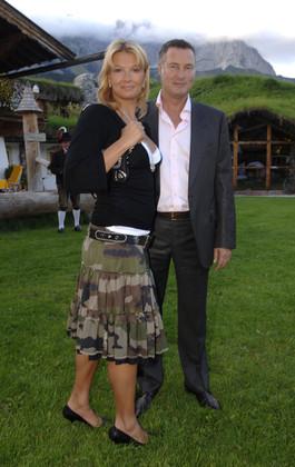 Franziska van Almsick mit Jürgen B. Harder