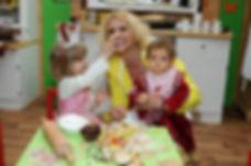 Heike Kloss mit Töchtern Olivia und Marl