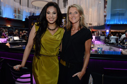 Moderatorin Khadra Sufi und Designerin Nicola Eibich