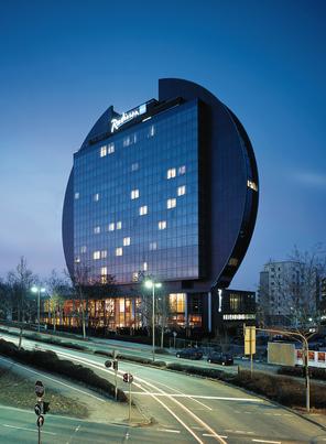 Außenansicht_Blu_Hotel_Frankfurt.bmp