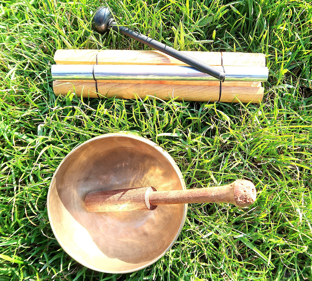 Woodstock chime and signing bowl