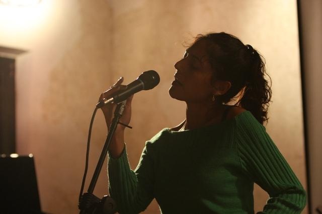 GABRIELA ALARCON IN M