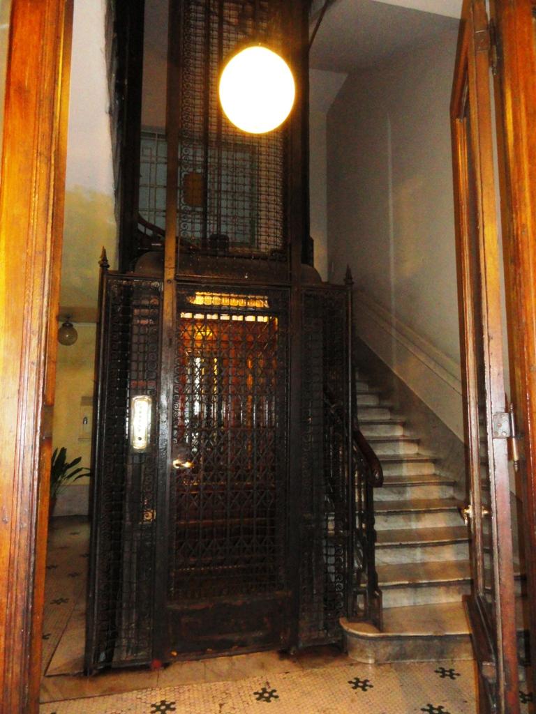 HOME ELEVATOR 1910