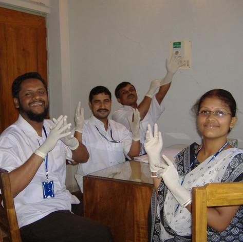 Best practice glove use
