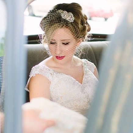 Vintage glam is always a huge trend for Fall weddings..