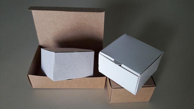 Caixa Basculante 10 x 10 x 3 cm