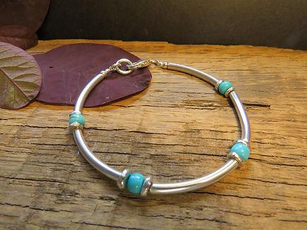 Heishi bracelet turquoise.JPG