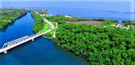 Haulover Bridge 1 minute from See Belize Vacation Rentals