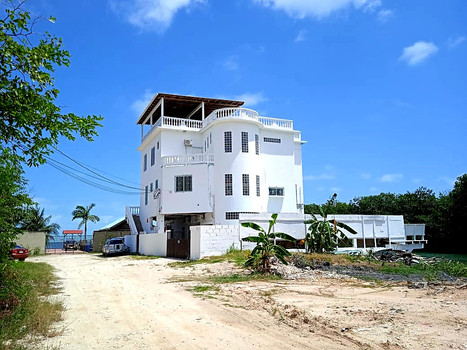 See Belize Vacation Rental building