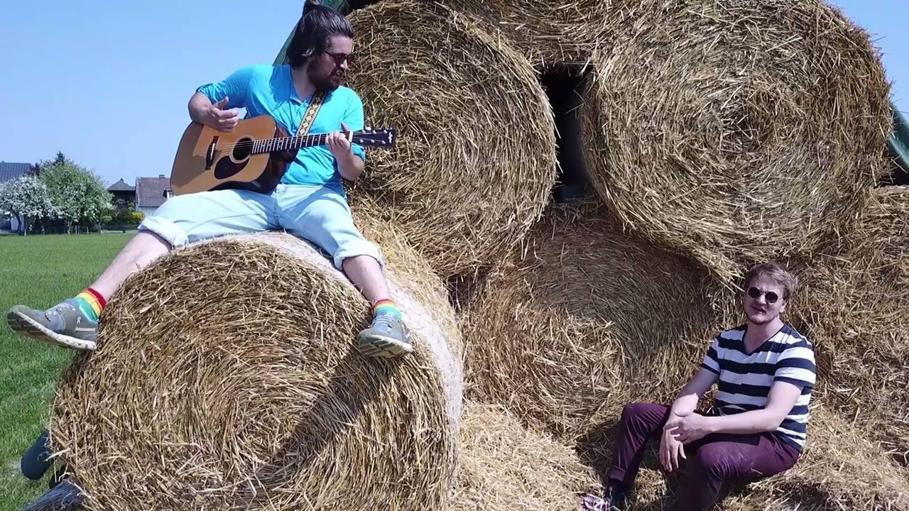 Simon & Ingo - Biene (Offizielles Musikvideo)