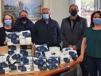 Σ.Ε.Θ : Δωρεά 10.000 μασκών και υγειονομικού υλικού σε τρία τελωνεία της πόλης