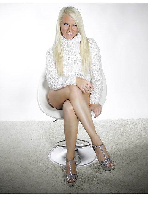 Promo 8 Sharon Stone White Chair