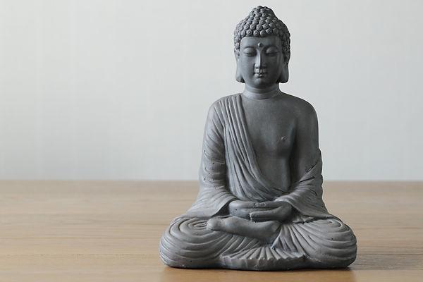 buddha-4014365_1920_edited.jpg