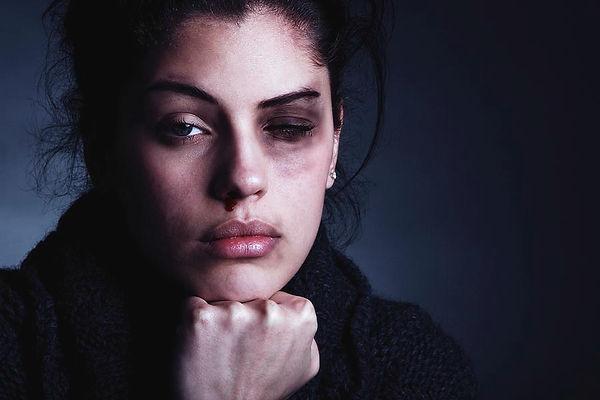 2-domestic-violence-mauro-fermarielloscience-photo-library.jpg