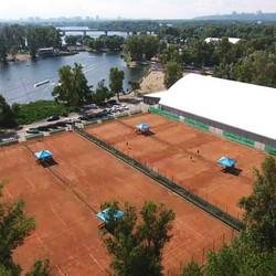 Корти Tennis park