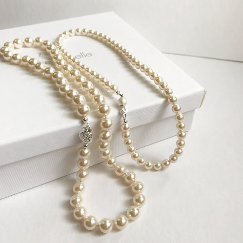 Mother and Child Classic Pearls set