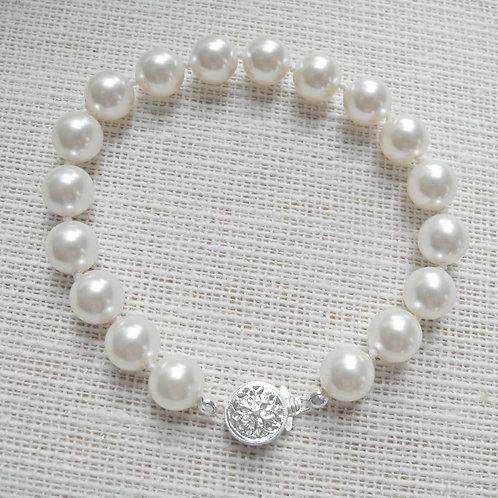 Classic Bracelet, 8mm pearls