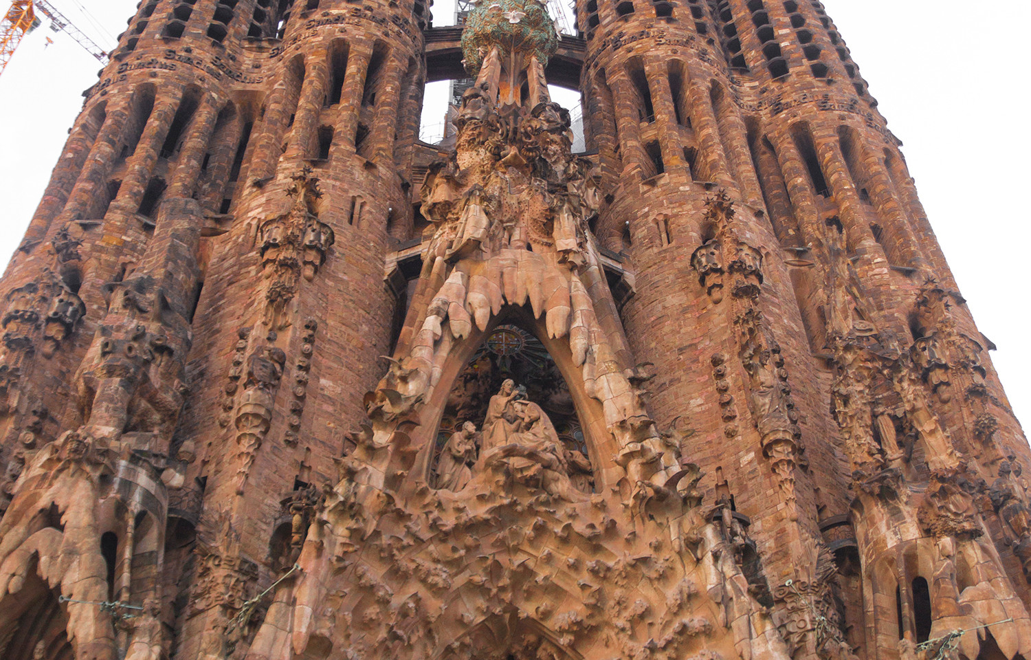 La Sagrada Familia_display.jpg