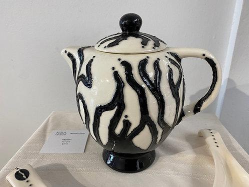 """""""Spirit"""" CeramicTea Pot"""