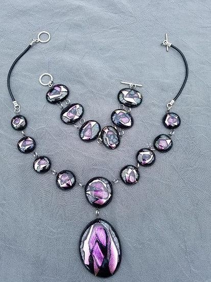 Purple vibes necklace and bracelet