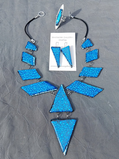 White Sand, Blue Water Necklace set