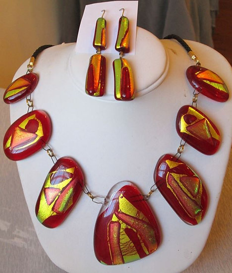 Holiday Firelight Necklace and Earring Set