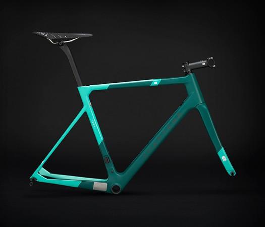 chapter2_c2_bikes__new_zealand_white_aqua_525x450
