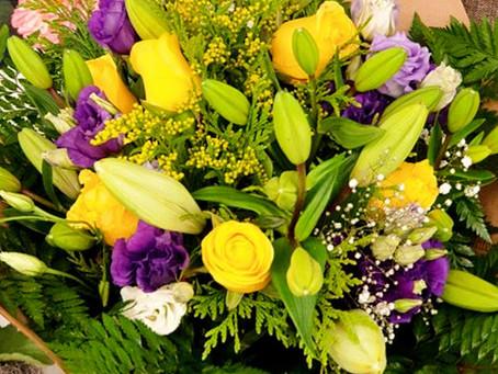 Trucos que harán que tus flores vivan el doble