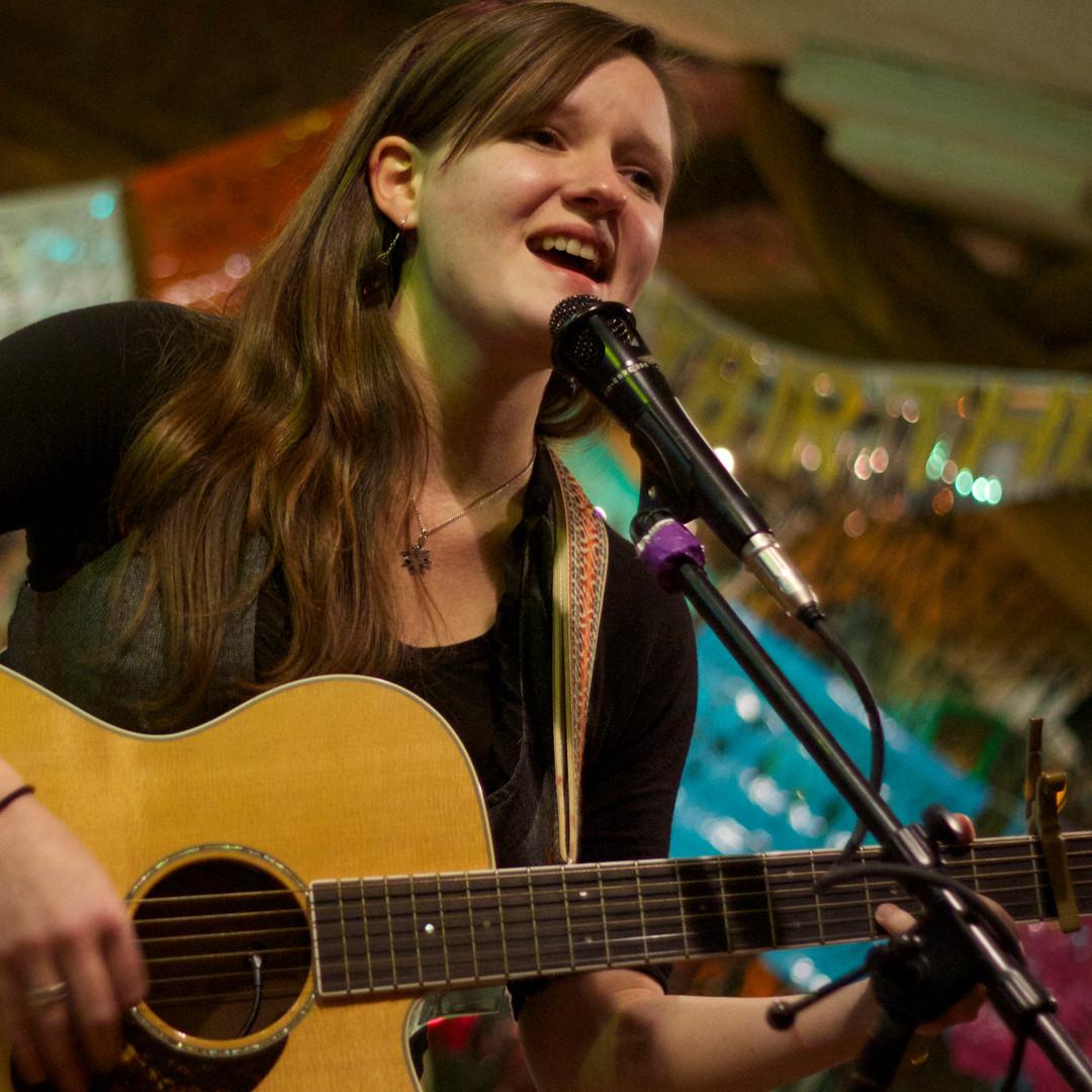 RachelMarie-Live-Horizontal2.jpg