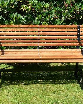 garden-benches.jpg