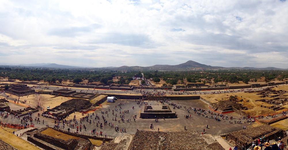 Vista panorámica desde la Pirámide del Sol