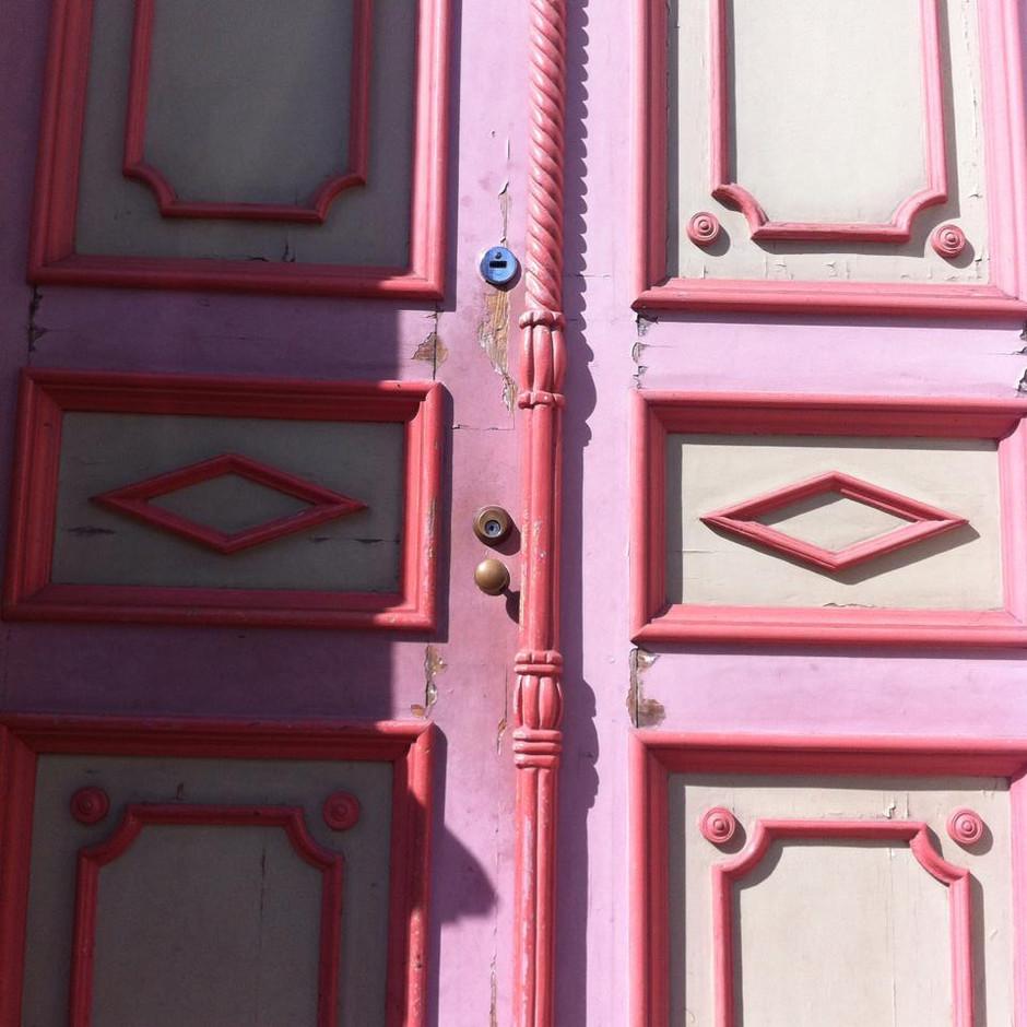 ESTONIA: Cuando la vida te cierra las puertas...