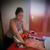Hot Stone Massage 31