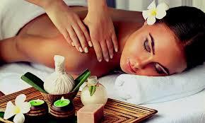 Kräuterstempel_Massage_3