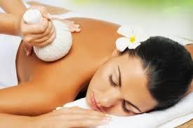 Kräuterstempel-Massage_1