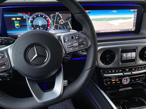 Mercedes Classe G volant commandes 2.JPG