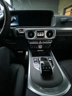 Mercedes Classe G tableau de bord et commandes centrales