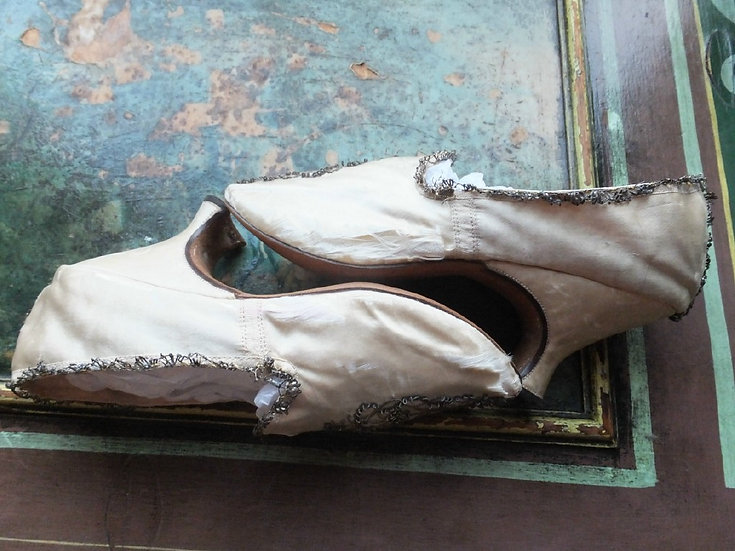 c1780's transitional shoes with gold embroidery
