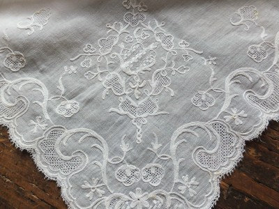Georgian muslin embroidered apron C1785 - 94