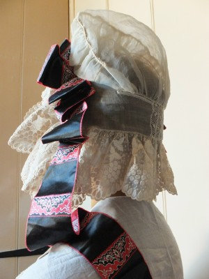 Rare 1830 -35 bonnet with original ribbons