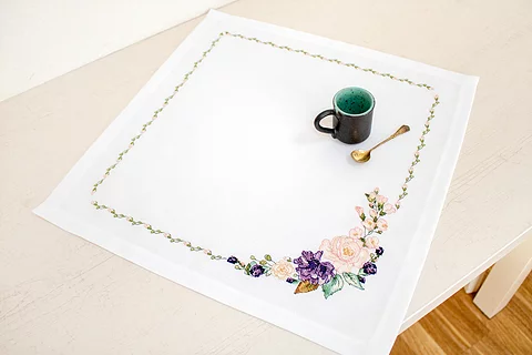 FM021 Spring Flowers - Luca-S Tablecloth