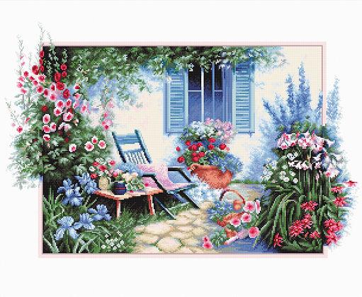 B2342 Flower garden