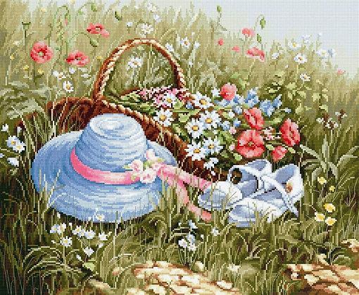 BU4020 Meadow with poppies - Cross Stitch Kit