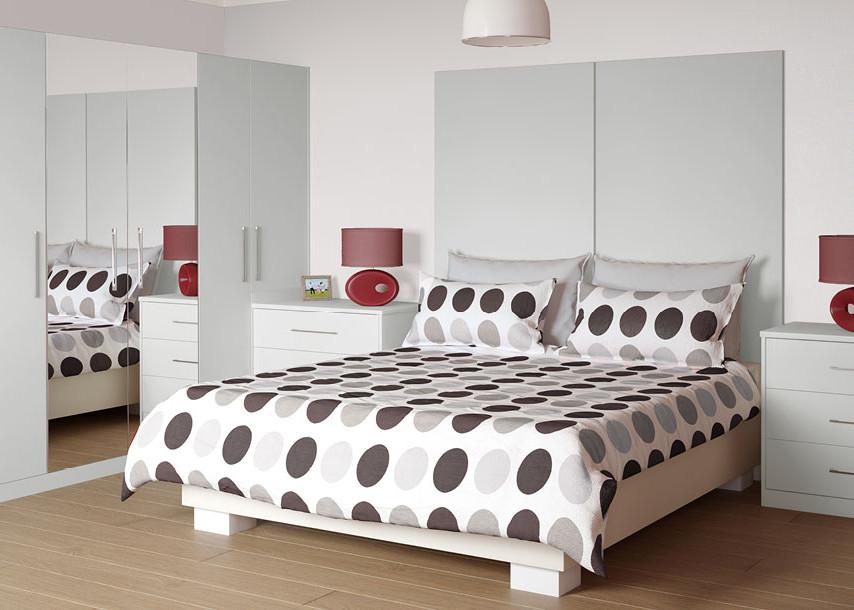 Zeluso Bedroom Grey Silk