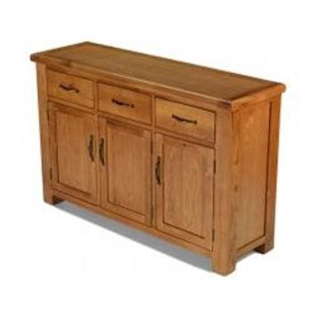 Earlswood Oak Large 3-Drawer 3-Door Sideboard